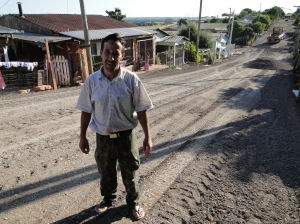 João Anildo Pereira, 35 anos, é morador da rua Santa Clara